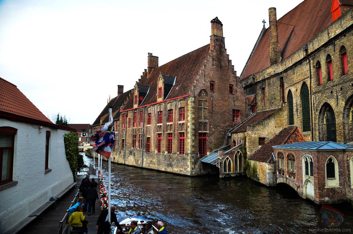 Brugge Şatolar