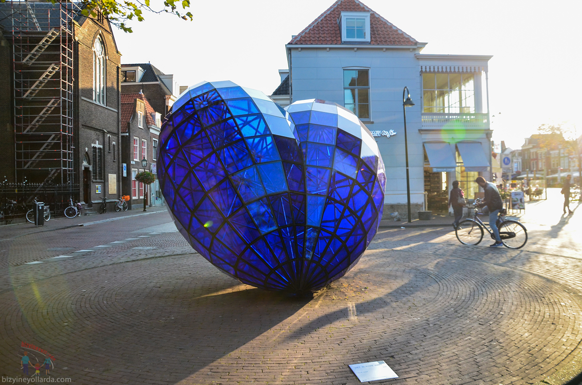 Delft Mavi Porselen Kalp