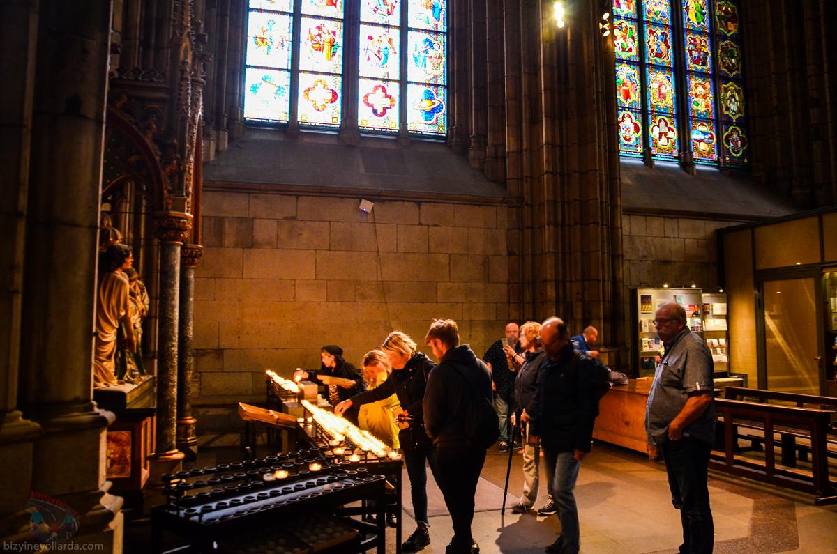 Köln Dom Katedrali İç Kısım