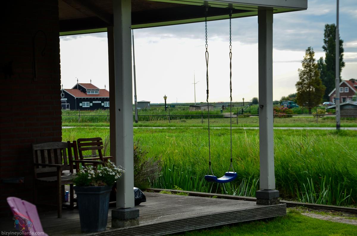 Hollanda Marken Villalar