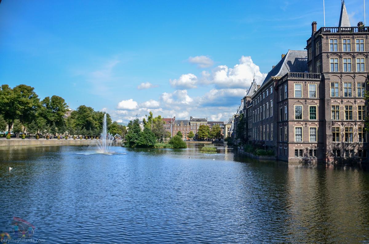 Hollanda Parlamento Binası