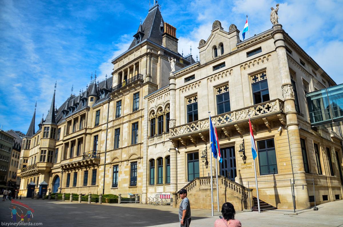 Lüksemburg Dükün Sarayı
