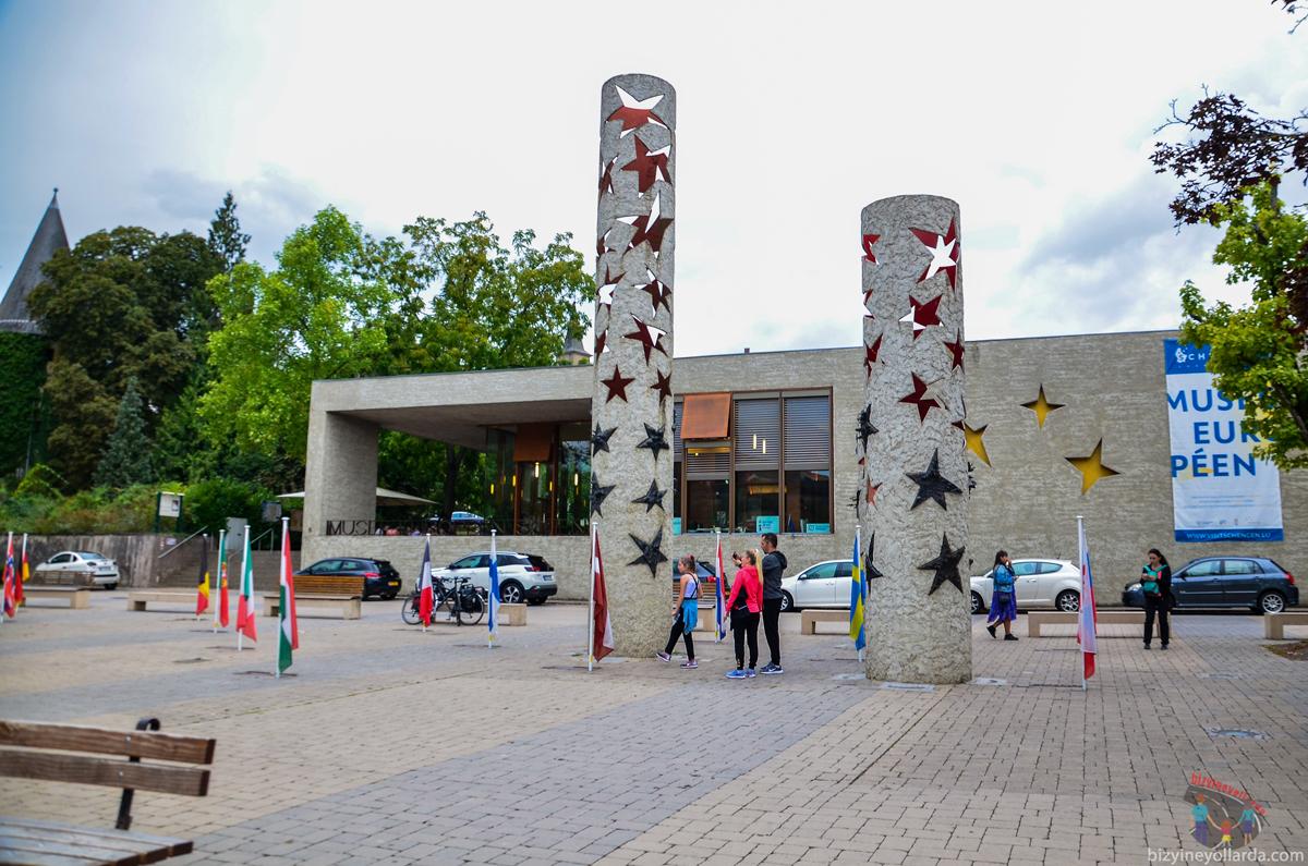 Schengen Yıldızlar Meydanı