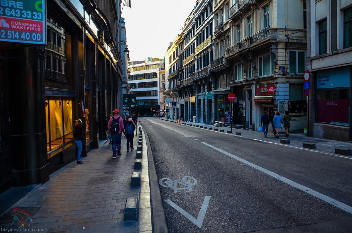 Brüksel Caddeleri