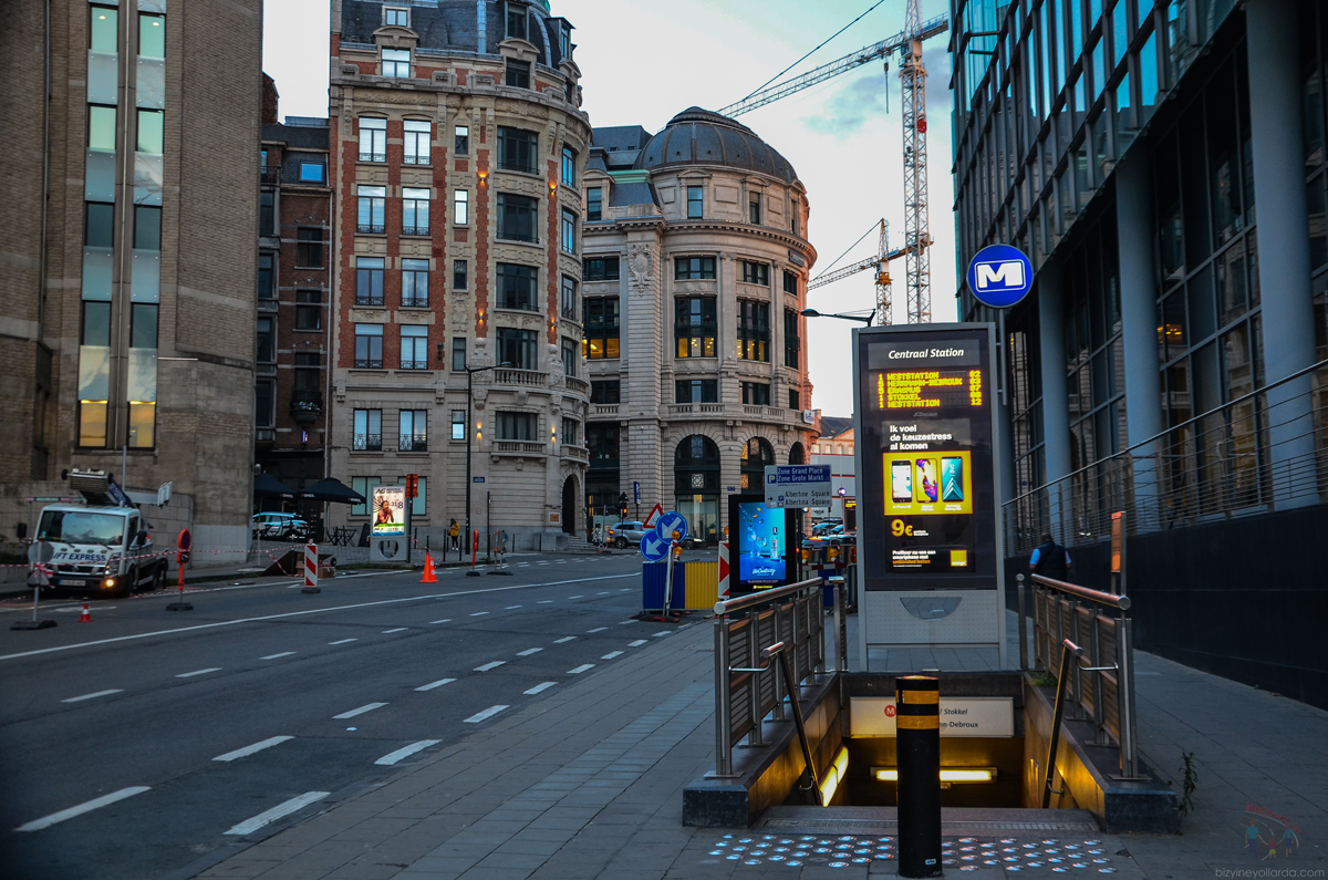 Brüksel Metro İstasyonu