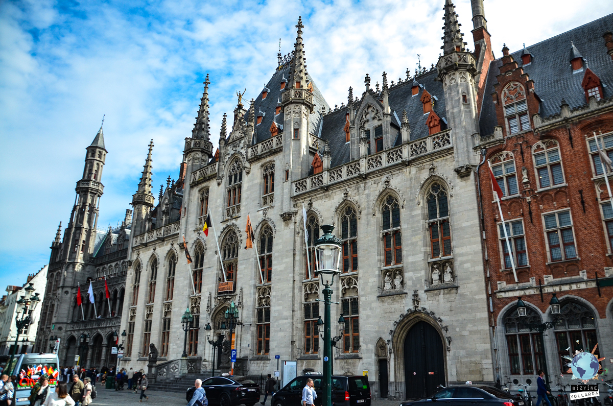 Brugge Court Building