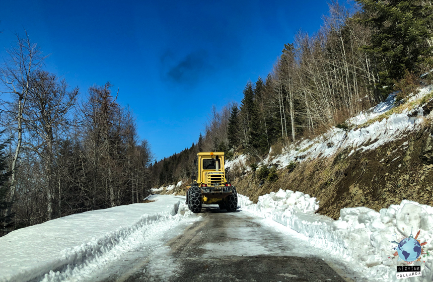 Yedigöllere Kışın Gidilir mi? Yolu Kar Mücadele Ekipleri