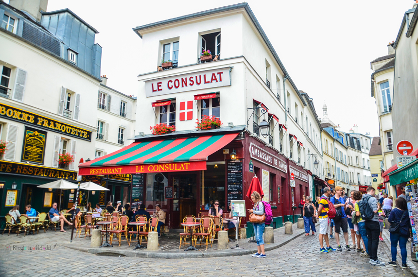 Paris Ressamlar Tepesi - Montmartre Le Consulat Binası