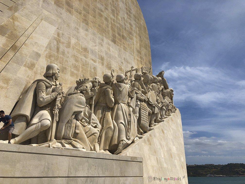Lizbon Kaşifler Anıtı Portekizli Askerler Tasviri
