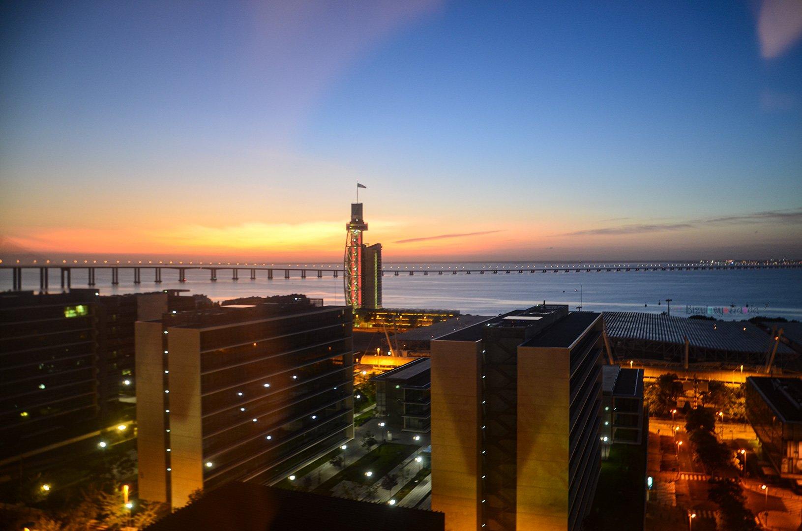 Vasco de Gama köprüsü Lizbon'un ikinci ancak Salazar köprüsünle oranla daha uzun köprüsüdür.