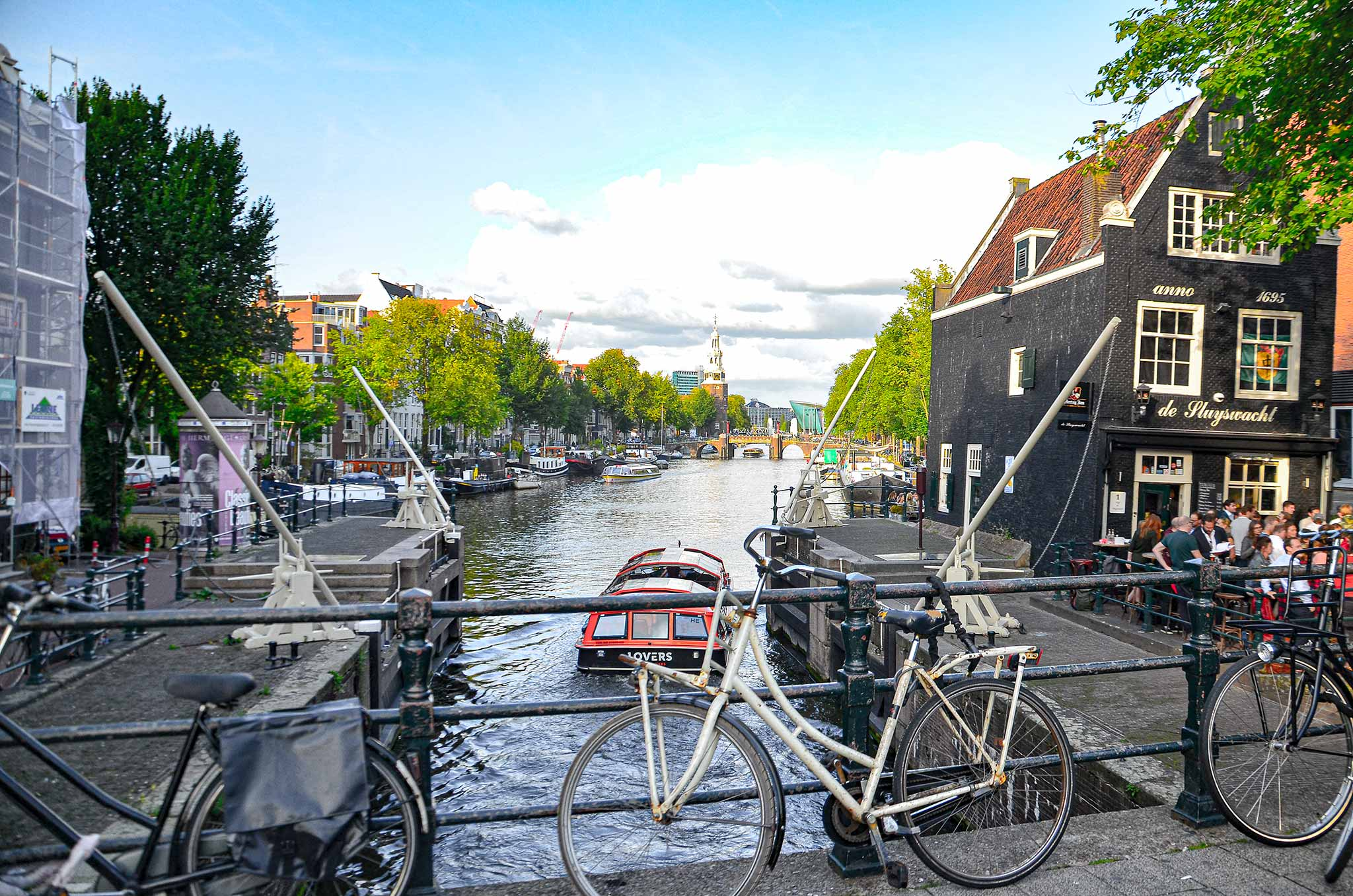Amsterdam dans eden evler